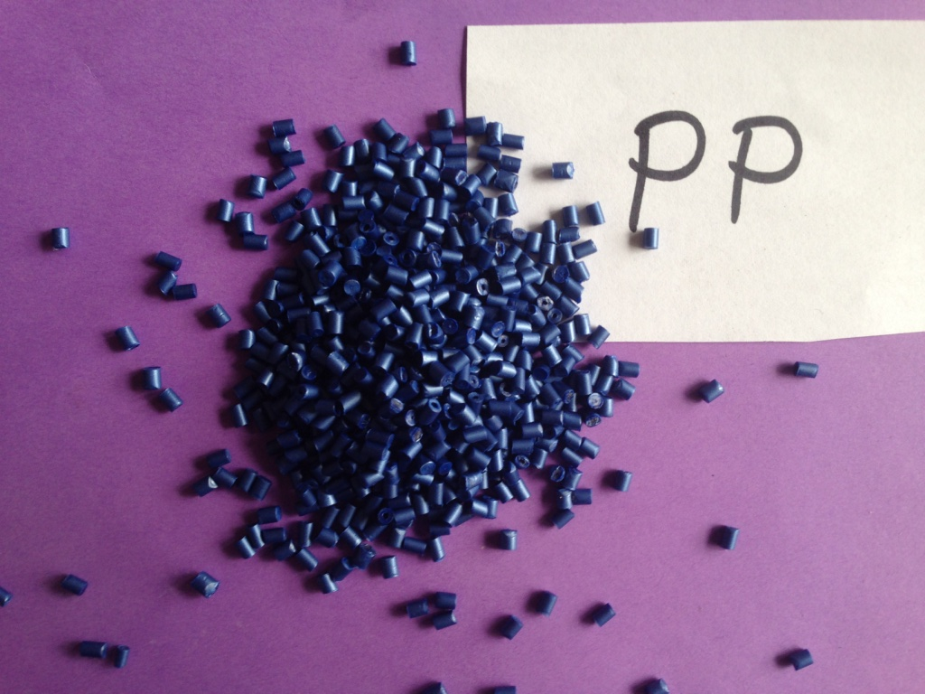 Color Concentrate Pellets 3